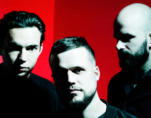 WHITE LIES (c) Photo by Steve Gullick